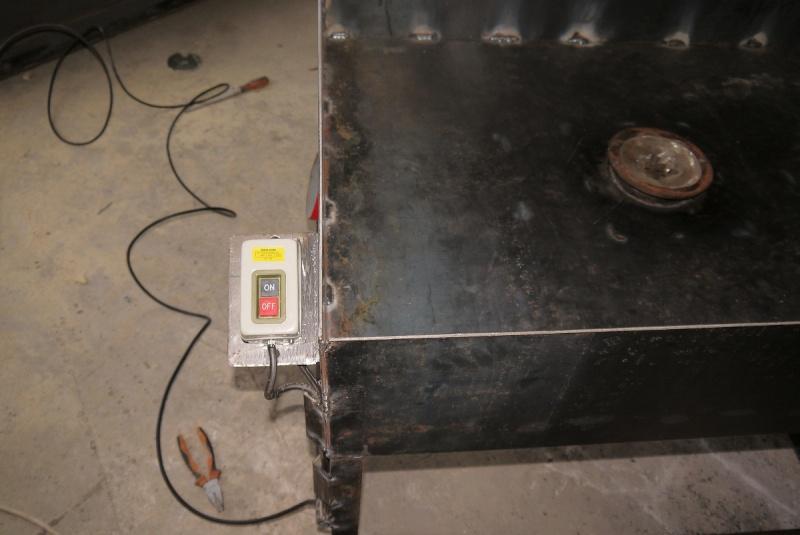 [Construction] Ma forge à charbon - Page 2 P1040623