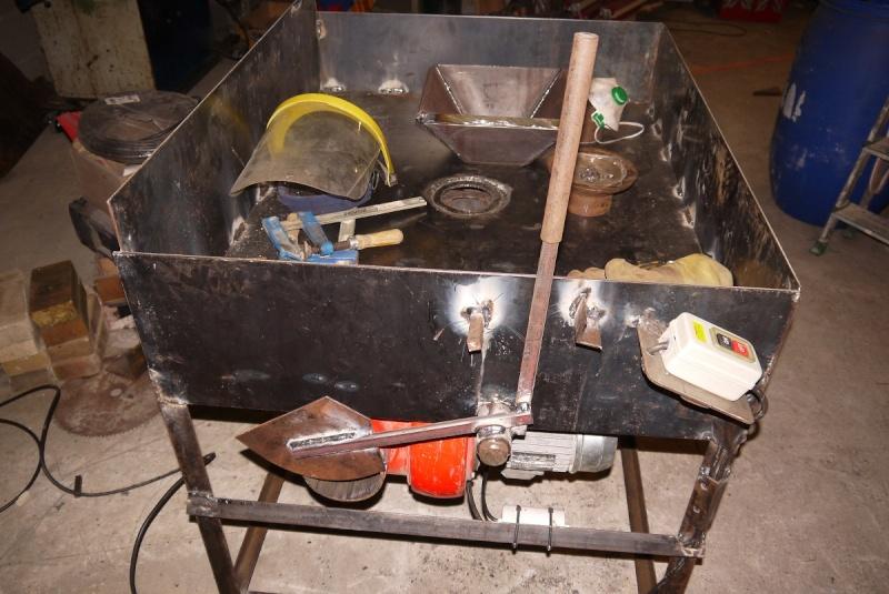 [Construction] Ma forge à charbon - Page 2 P1040627