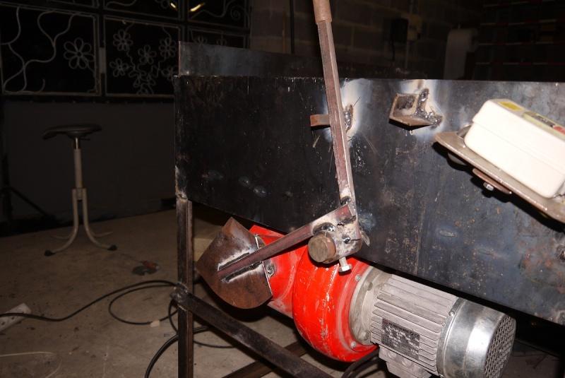 [Construction] Ma forge à charbon - Page 2 P1040629
