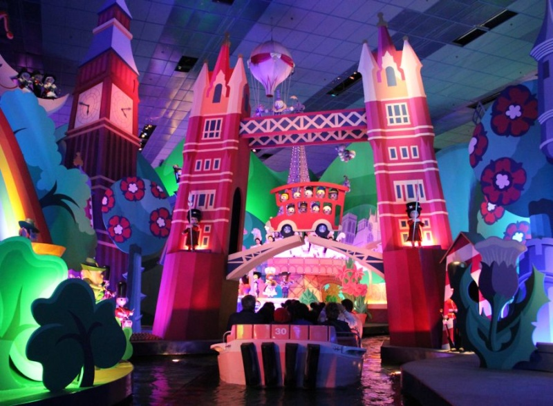 """""""it's a small world"""" - Réhabilitation [Fantasyland - 2015] - Page 3 Inpark10"""