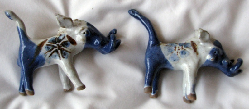 Miniature Stylised Boars - possibly Kolonyama Pottery, Lesotho Tusker11