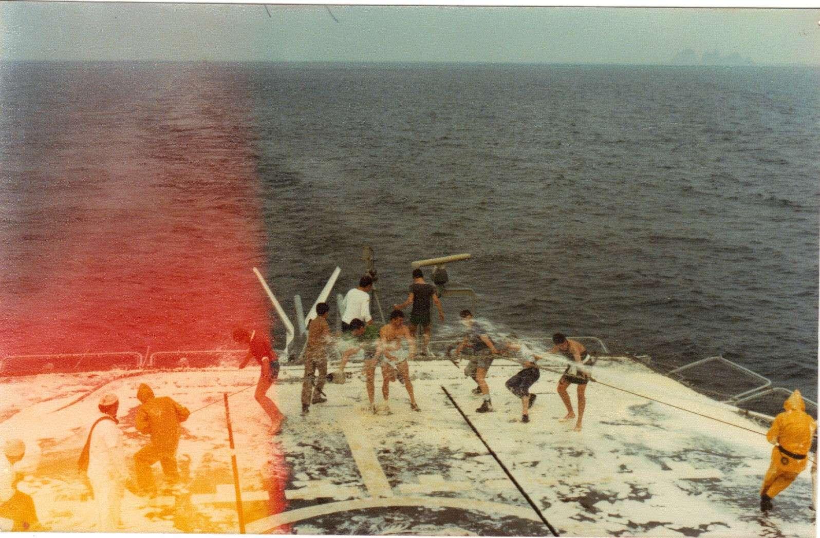 [ Les traditions dans la Marine ] LE PASSAGE DE LA LIGNE - ÉQUATEUR (Sujet unique) - Page 11 Duguay10