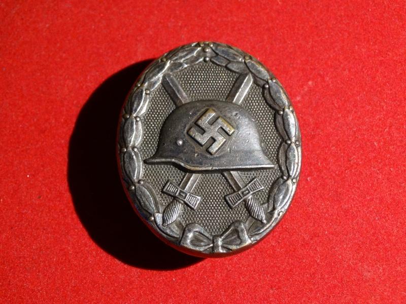 Collection Allemande WW2 / Décorations et Equipements Dsc00816