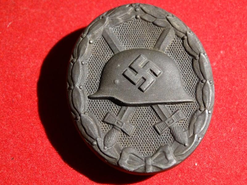 Collection Allemande WW2 / Décorations et Equipements Dsc00824