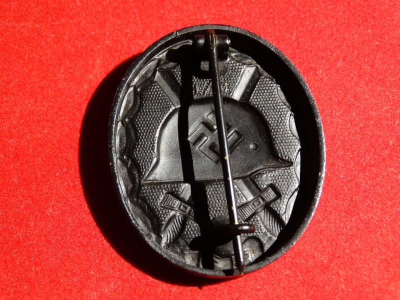 Collection Allemande WW2 / Décorations et Equipements Dsc00829