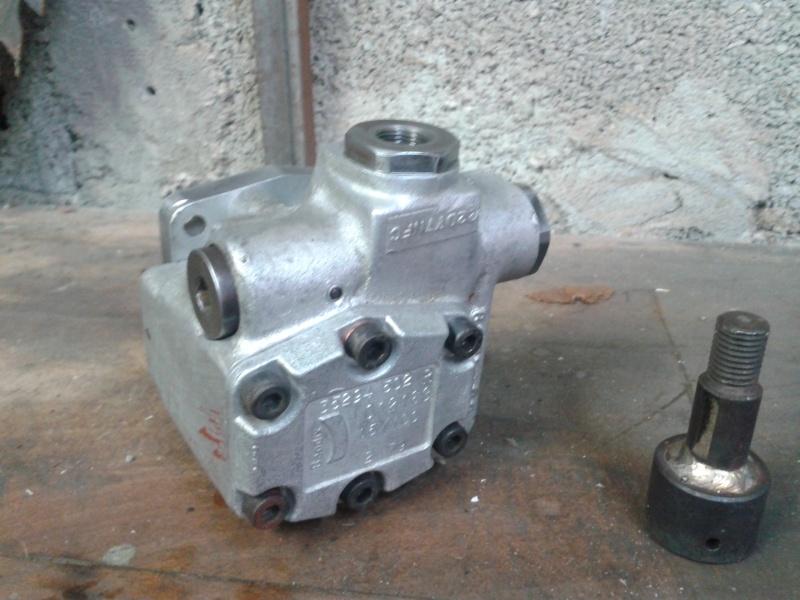 besoin d'infos pour presse hydraulique 2012-017