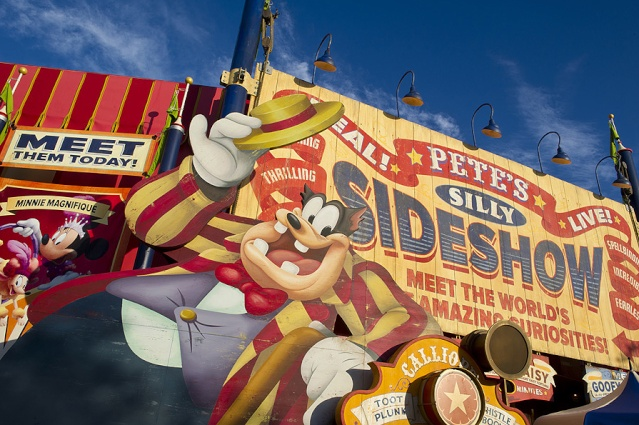 [Magic Kingdom] New Fantasyland - Storybook Circus (mars 2012) - Page 3 Pete1-11