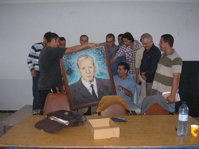 CENSURE POLITIQUE: Le PST dénonce les abus du wali de Béjaïa 711