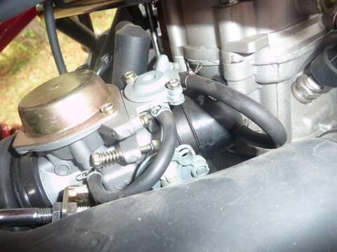 Branchement durite à dépression sur carburateur ? (kinroad
