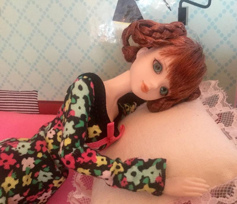 Chez Melamori - J-Doll et la maison en carton - p.14 - Page 9 Fullsi11