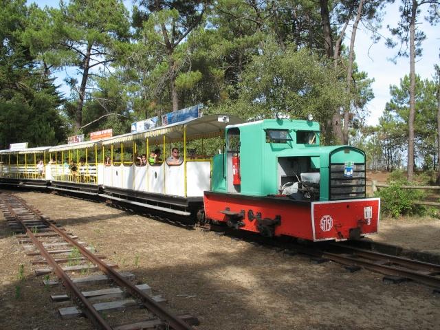 le petit train de St Trojan (ile d'Oléron ) Vacanc10