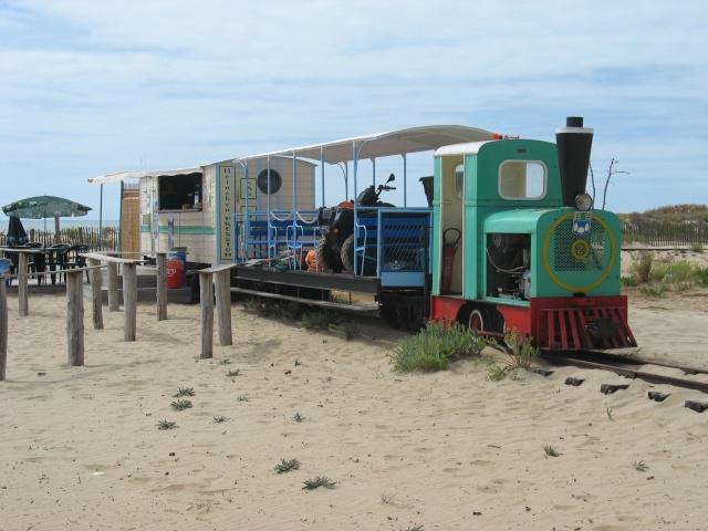le petit train de St Trojan (ile d'Oléron ) Vacanc16