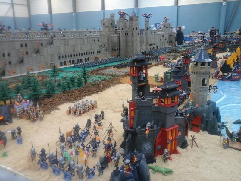 diorama geant playmobil medieval (st cyr en val) 20150112