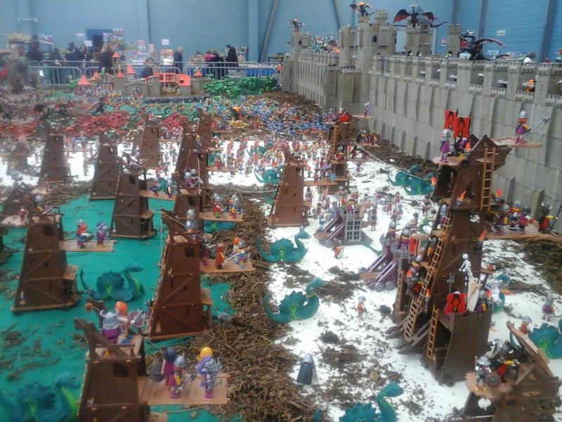 diorama geant playmobil medieval (st cyr en val) 20150113