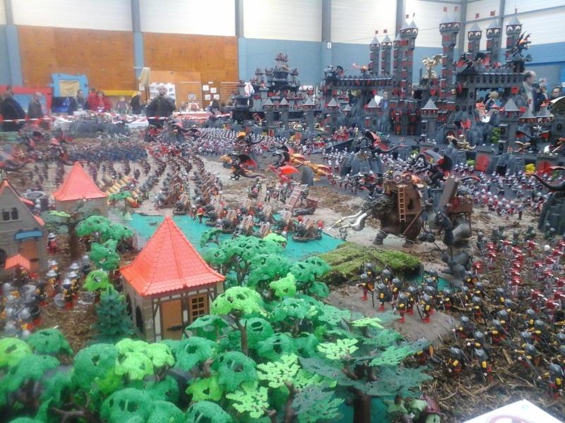 diorama geant playmobil medieval (st cyr en val) 20150116
