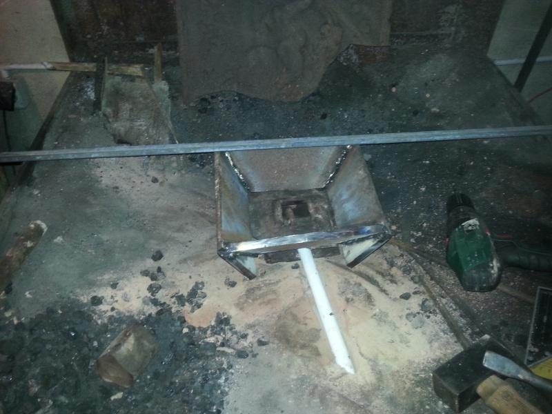 [Construction] Ma forge à charbon Foyer_10