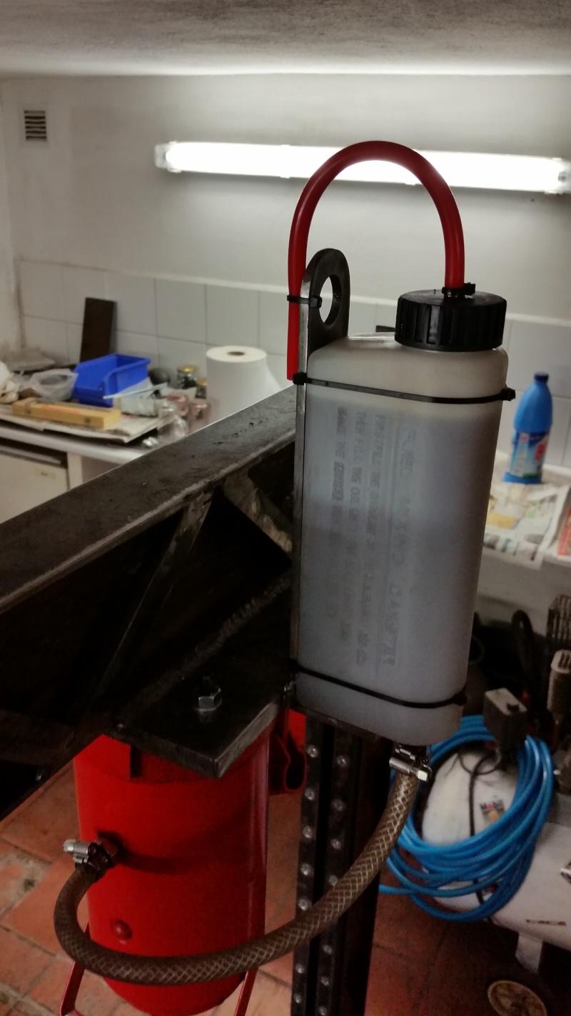 Modifications cric voiture pour presse hydraulique. Prepa_25