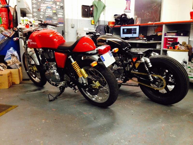 ...d'un 400XS Custom à un 400XS Cafe Racer !! - Page 40 Fullsi24