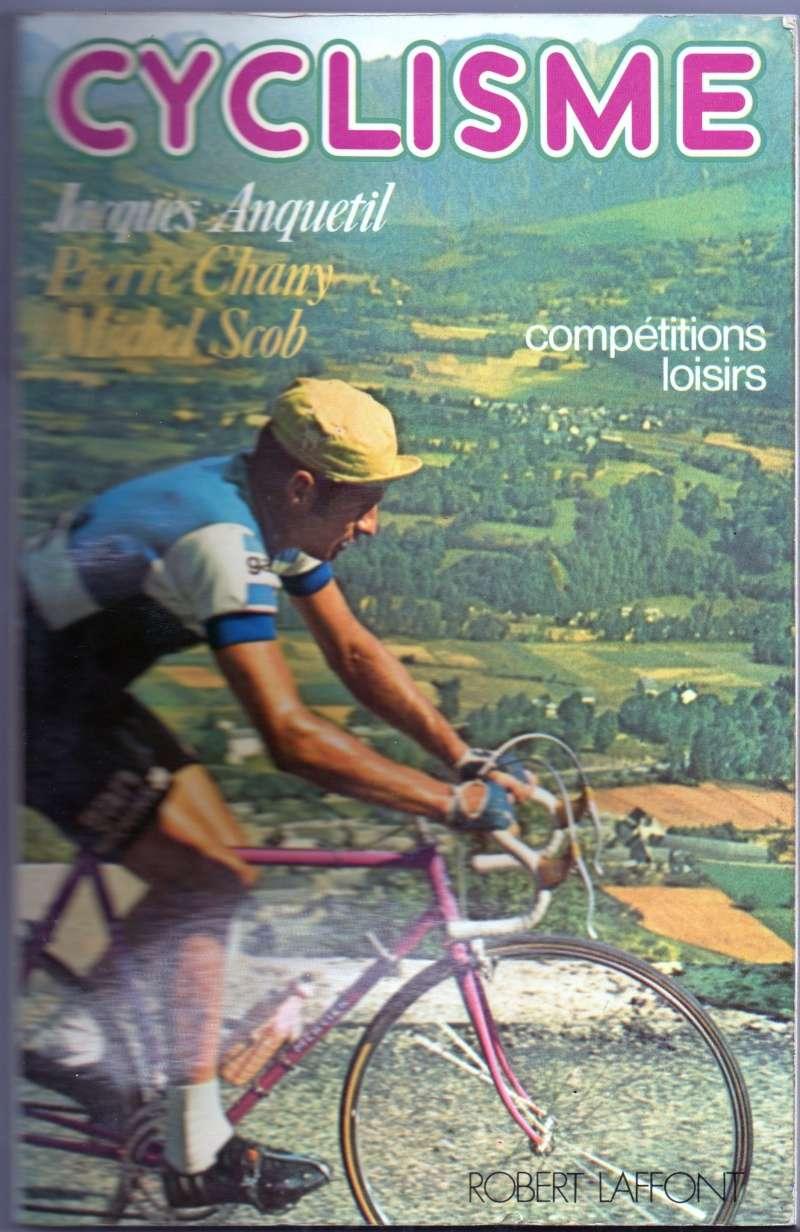 CYCLISME 1975  , petit livre de chevet de tout bon gogo !!! Livre_10