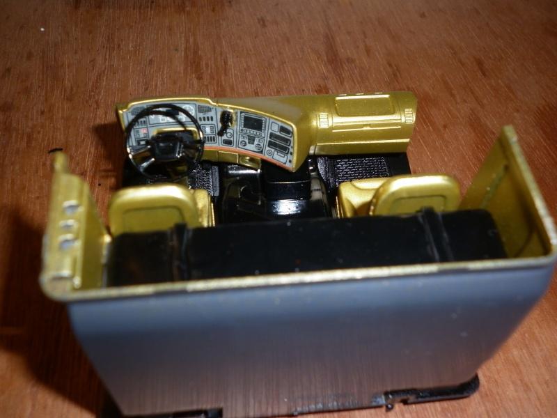 Maquette Camion SCANIA Imperial R730 V8la semi remorque Dussol père et fils de chez italeri au 1/24  - Page 3 P1000418