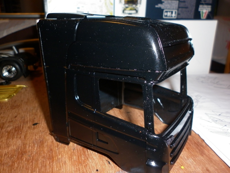 Maquette Camion SCANIA Imperial R730 V8la semi remorque Dussol père et fils de chez italeri au 1/24  - Page 3 P1000421