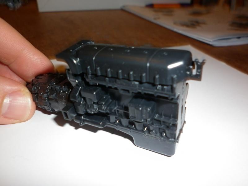 """MMaqtte camions IVECO STRALIS """"YELLOW DEVIL """" AU 1/24 DE CHEZ ITALERI  P1000552"""