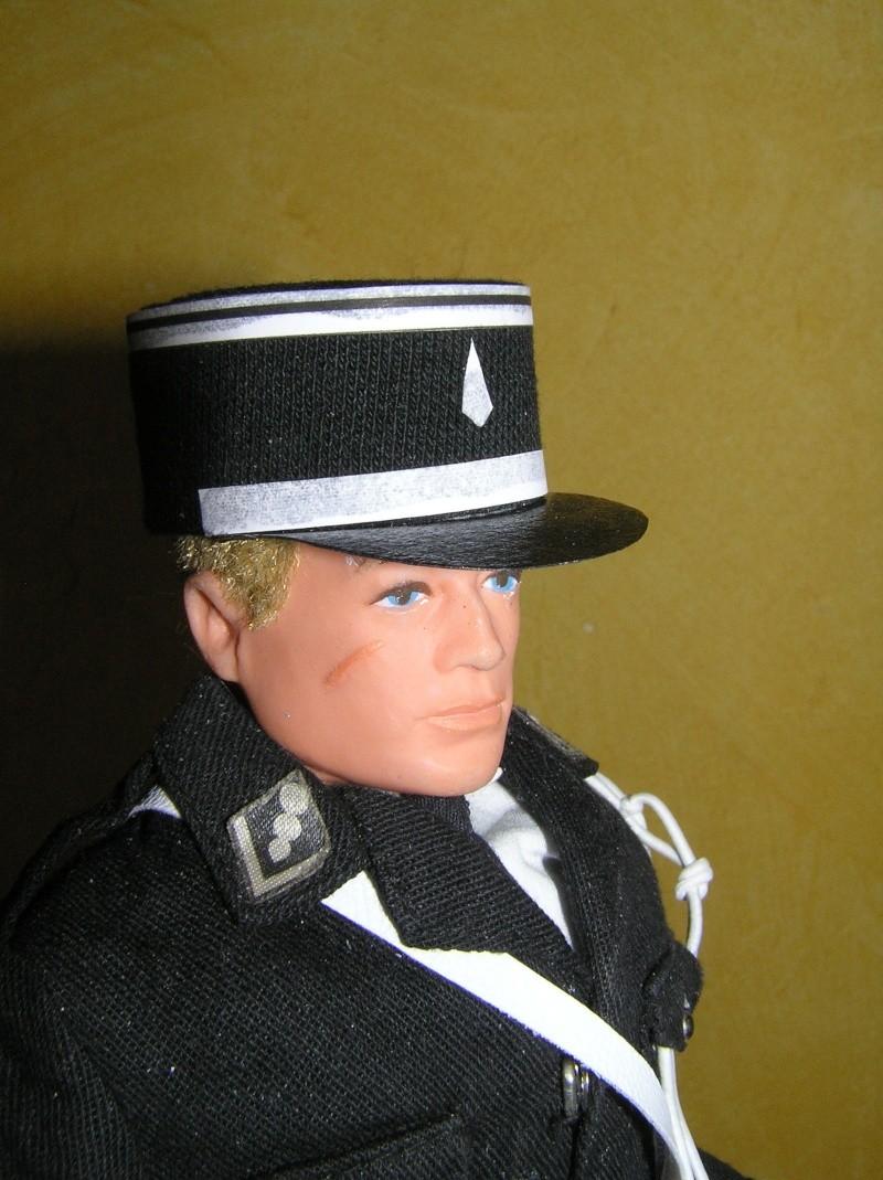 Attention Gendarmerie Nationale! Vos papiers s'il vous plait ! P1010029