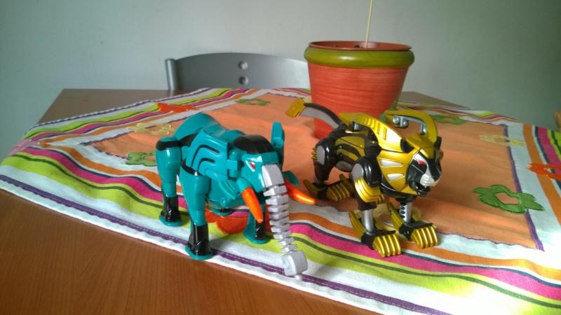 Power Rangers jungle fury Zord Wp_20118