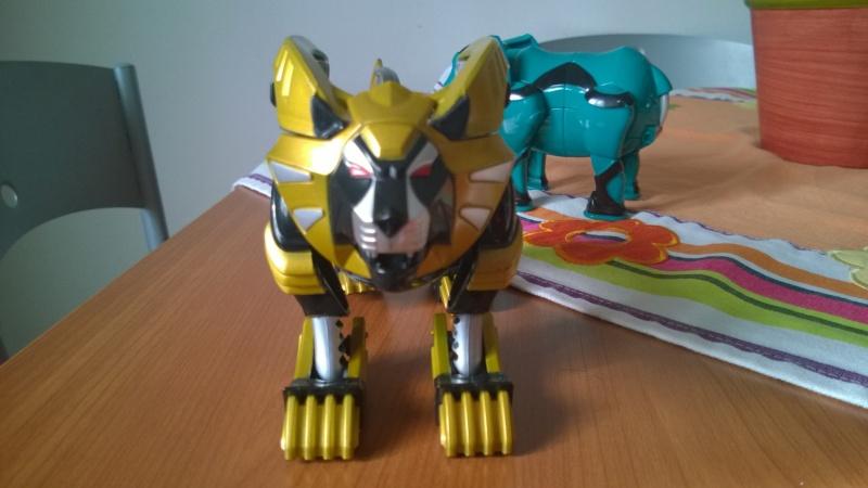 Power Rangers jungle fury Zord Wp_20119
