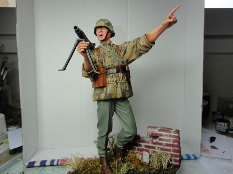 PANZERGRENADIER MG 200 MM REF 2427 VERLINDEN - Page 7 Dsc07413