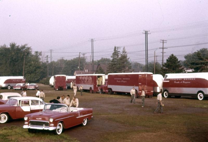 GM Futurliner 1953 10169212
