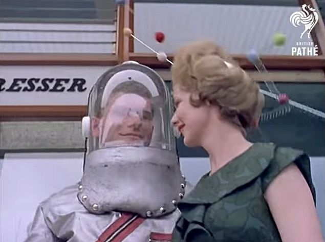 Space Age Hair Fashions (British Pate, 1960s) 10264910