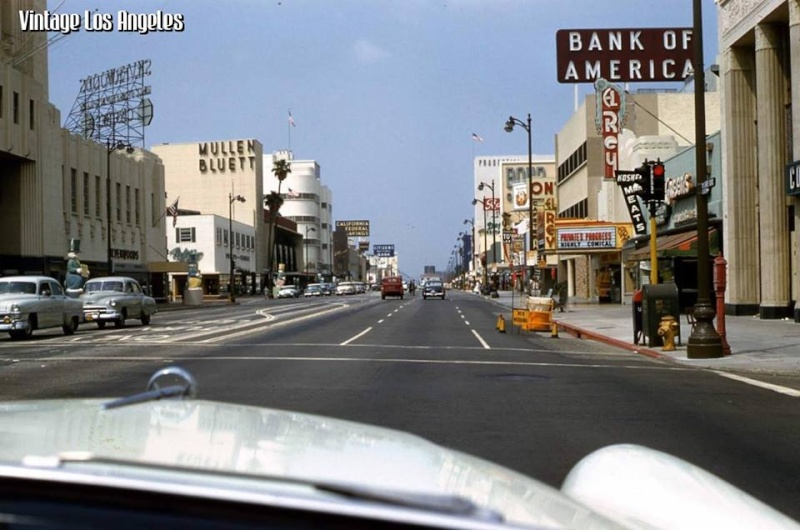 Rues fifties et sixties avec autos - 1950's & 1960's streets with cars - Page 4 10268414