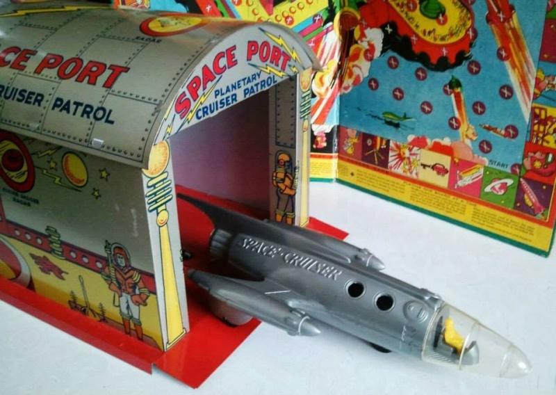 Jouets Spaciaux - Sci-Fi Toys 10422210
