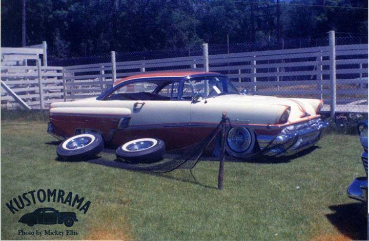 Vintage Car Show - Page 5 10672310