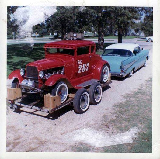 "Hot rod in street - Vintage pics - ""Photos rétros"" -  - Page 4 10675611"