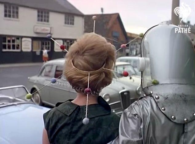 Space Age Hair Fashions (British Pate, 1960s) 10805710