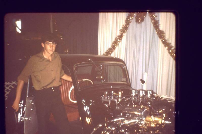 Vintage Car Show - Page 5 10888511