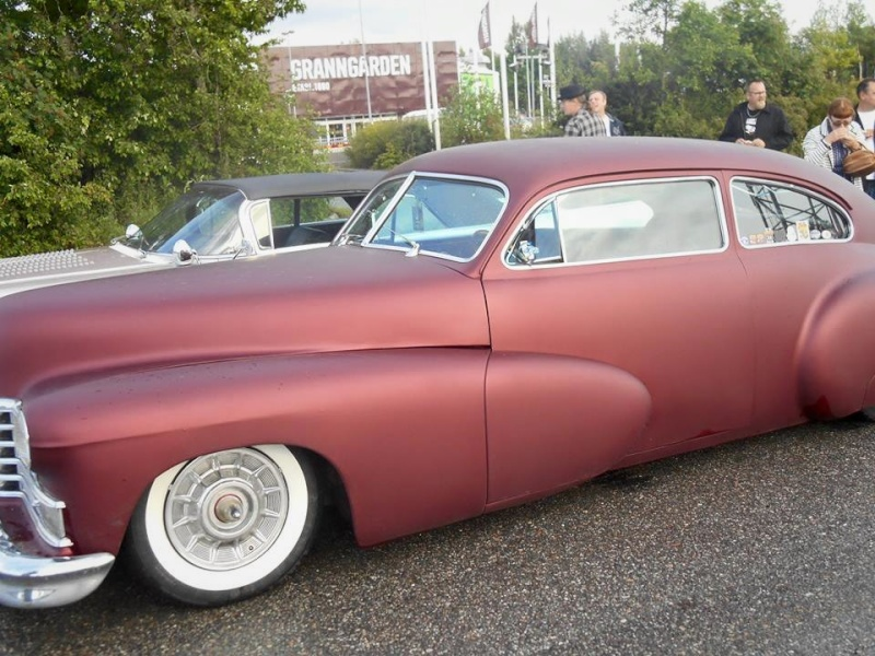 Cadillac 1941 - 47 custom & mild custom 10924716