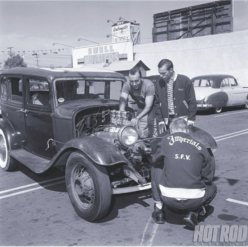 "Hot rod in street - Vintage pics - ""Photos rétros"" -  - Page 4 10987311"