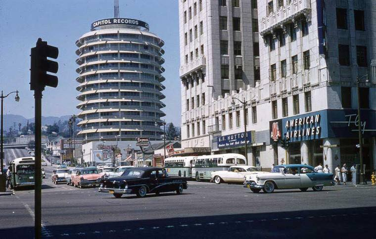 Rues fifties et sixties avec autos - 1950's & 1960's streets with cars - Page 4 11007710