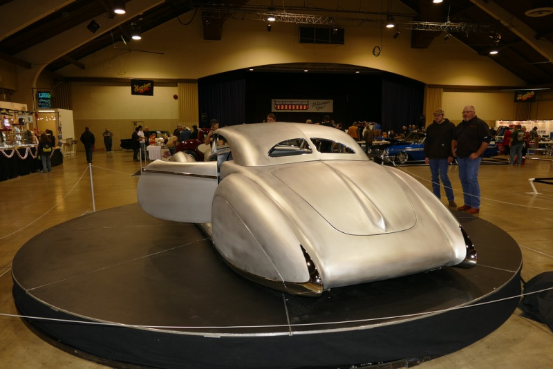 'Aquarius' Rick Dore/James Hetfield - 1934 Packard 16410910