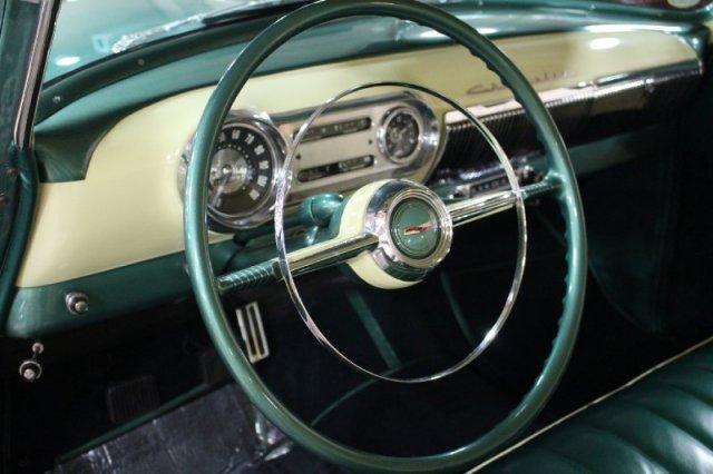 Chevy 1953 - 1954 custom & mild custom galerie - Page 9 3010