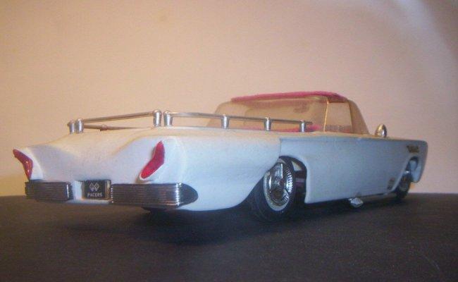Vintage built automobile model kit survivor - Hot rod et Custom car maquettes montées anciennes 40705911