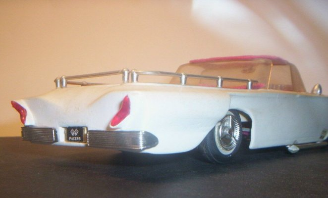 Vintage built automobile model kit survivor - Hot rod et Custom car maquettes montées anciennes 40705912