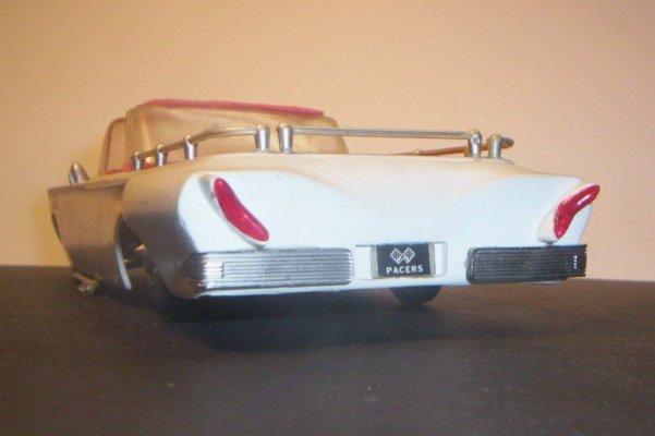 Vintage built automobile model kit survivor - Hot rod et Custom car maquettes montées anciennes 40705913