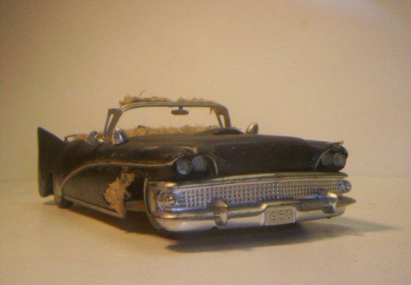 Vintage built automobile model kit survivor - Hot rod et Custom car maquettes montées anciennes - Page 2 40706621