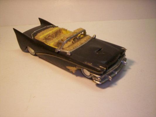 Vintage built automobile model kit survivor - Hot rod et Custom car maquettes montées anciennes - Page 2 40706622
