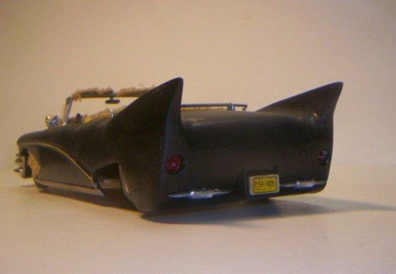 Vintage built automobile model kit survivor - Hot rod et Custom car maquettes montées anciennes - Page 2 40706625