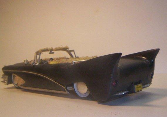 Vintage built automobile model kit survivor - Hot rod et Custom car maquettes montées anciennes - Page 2 40706627